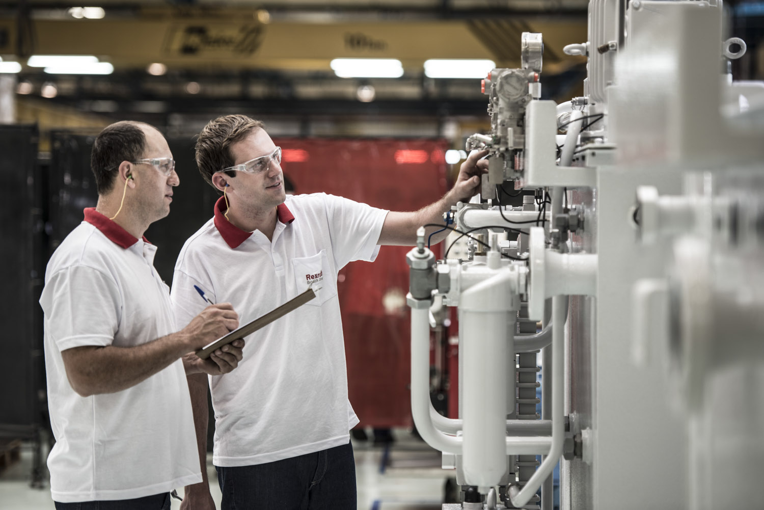 Bosch's Germany Anual report - SULZER POWER UNIT at RexRoth plant, Pomerode, Brazil.